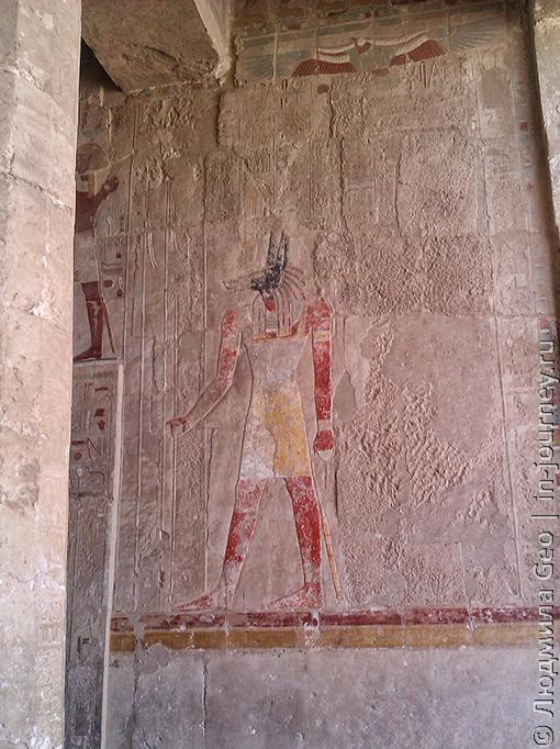 стены в храме Хатшепсут роспись