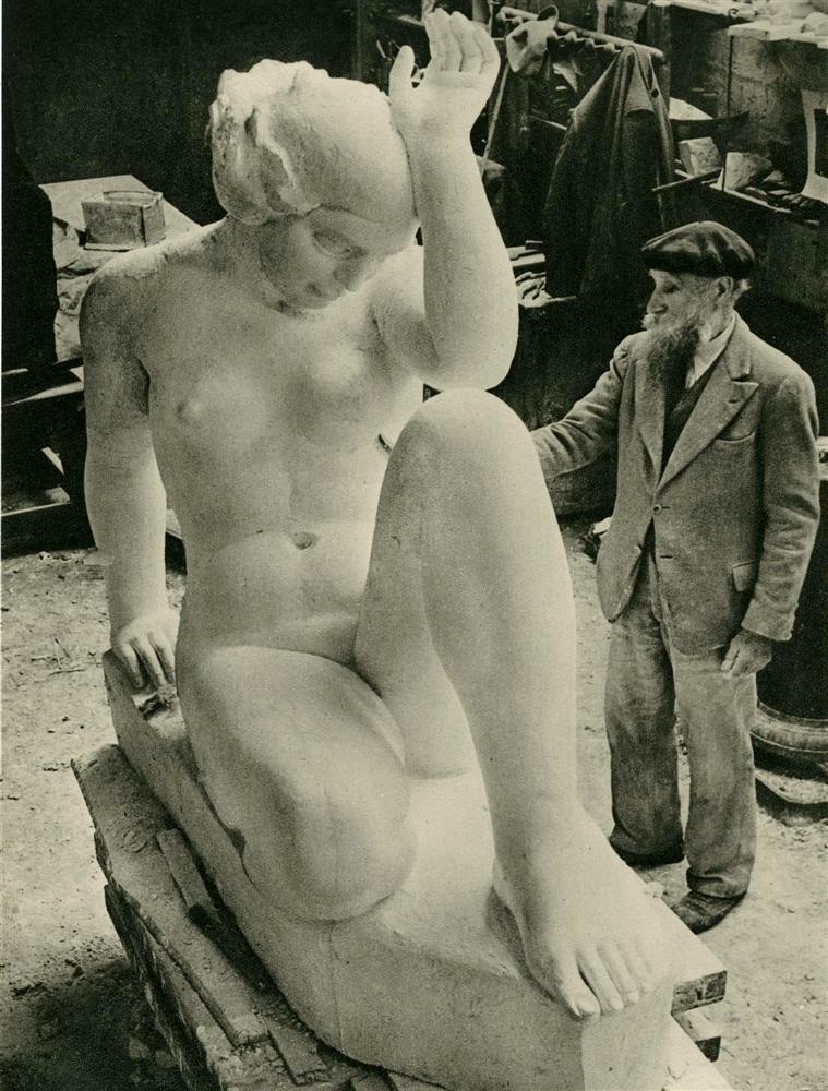 1938. Аристид Майоль в своей мастерской