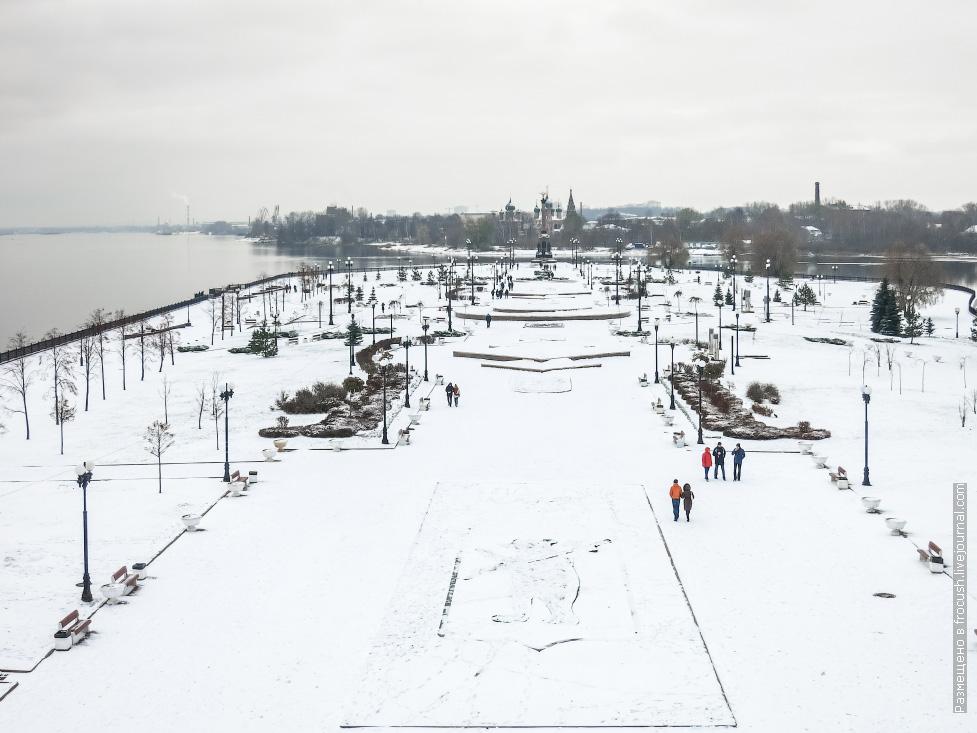 ярославль стрелка снег фото