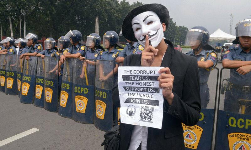 PHILIPPINES-POLITICS-INTERNET-PROTEST-HACKING