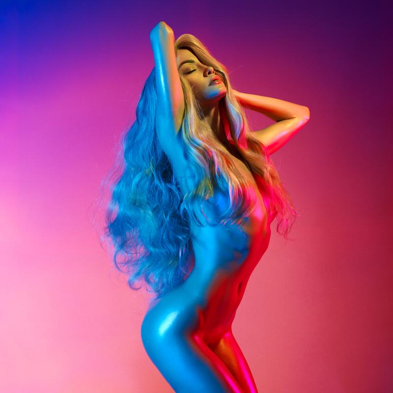 rainbow lady / George Mayer