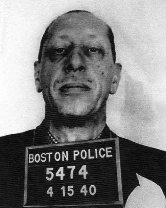 15 апреля 1940 года бостонская полиция арестовала композитора Игоря Стравинского за аранжировку (для