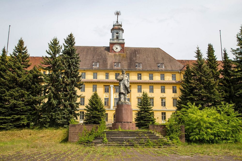 Вюнсдорф стал советским военным лагерем после падения нацистской Германии по итогам Второй мировой в