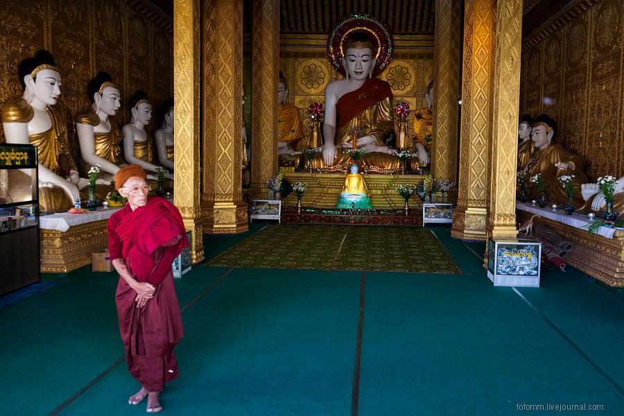 Ох и любят же они золото и все, что с ним связано! Самый распространенный цвет в Мьянме: