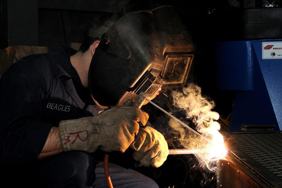 Рост индустриального производства вконце осени ускорился до3,7%