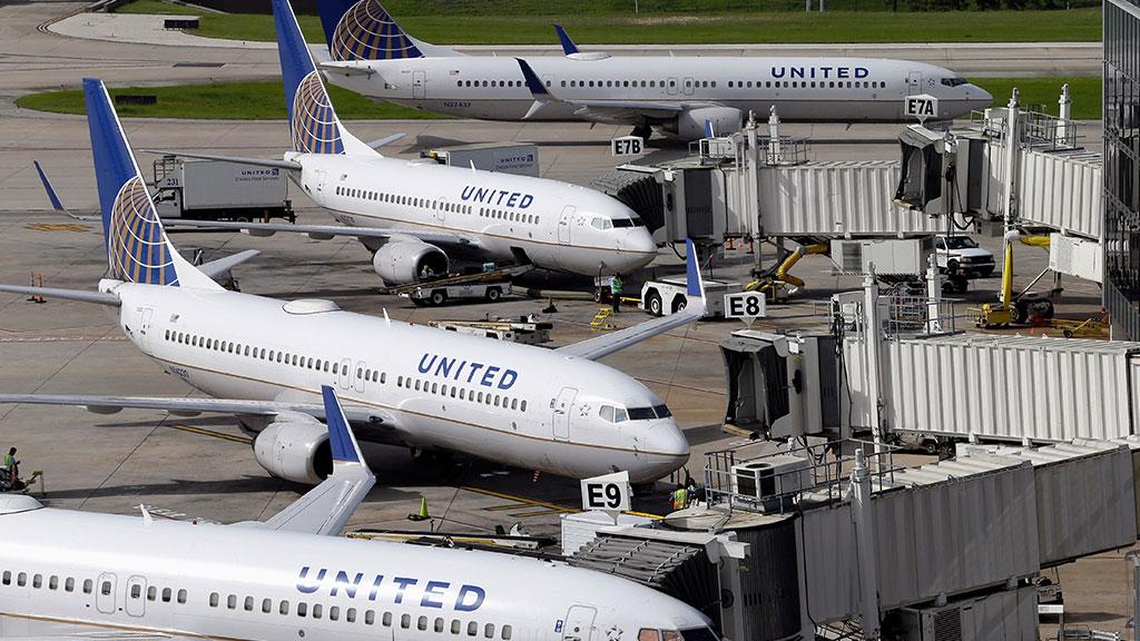 United Airlines остановила внутренние рейсы из-за сбоя вкомпьютерах