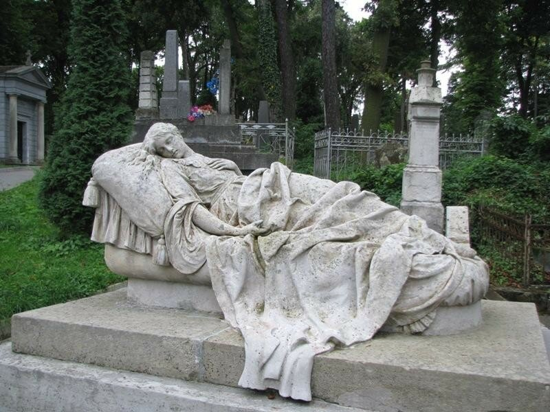 Кладбище (место захоронения)