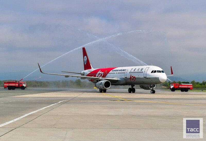 Китайская авиакомпания Sichuan Airlines запустила регулярный рейс между Владивостоком и Харбином