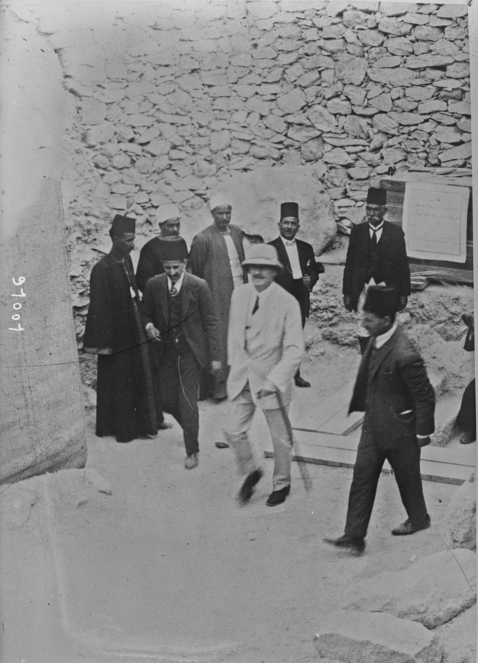 Лорд Алленби в гробнице Тутанхамона