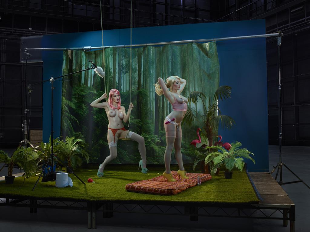 Не проститутка, а работница секс-индустрии: провокационный фотопроект Джулии Фуллертон-Баттен (15 фото) 18+