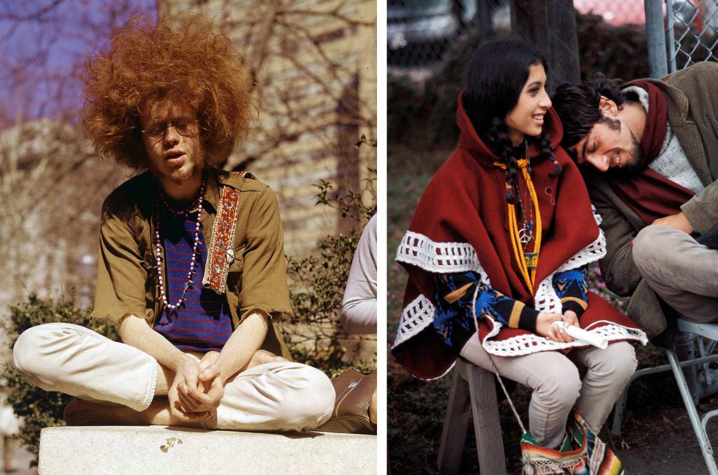 Слева: молодой хиппи сидит в Центральном парке, Нью-Йорк, 1969 год. Справа: пара ждет начала фестива
