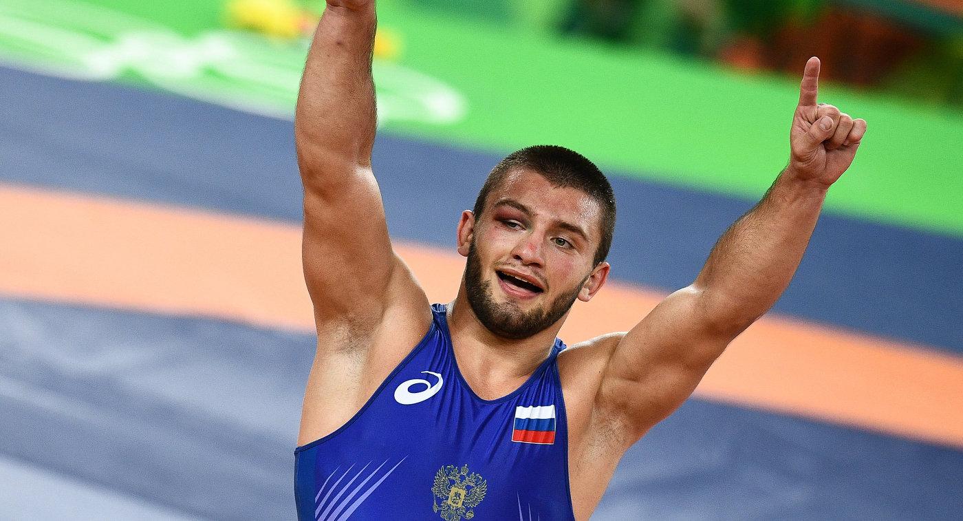 Грузинские борцы победили россиян вфинале Кубка европейских наций