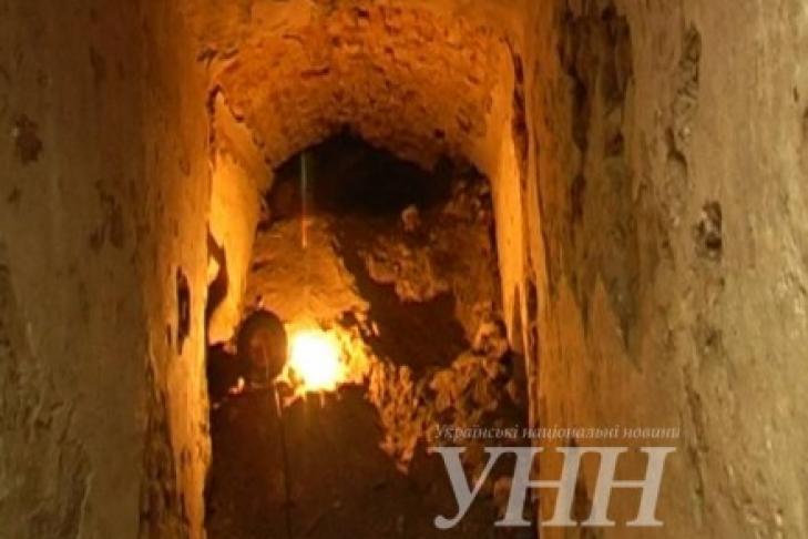 ВРивне обнаружили скрытый подземный туннель