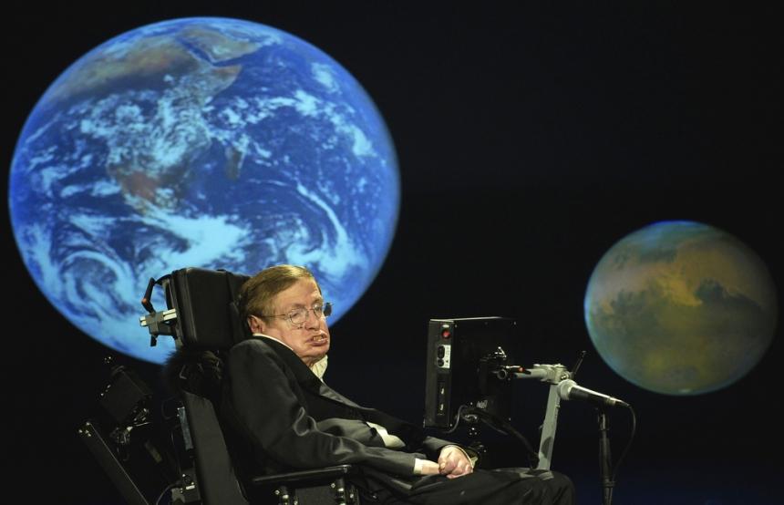 Создать новый звездолет Стивен Хокинг собирается вместе сNASA