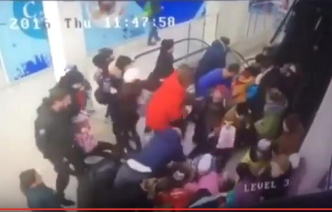 ВСтаврополе 5 школьников получили переломы отпоездки наэскалаторе