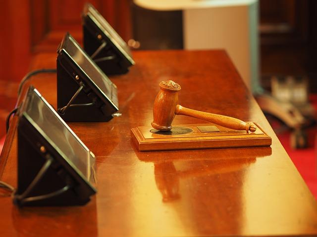 Смольный через суд потребовал с«Метростроя» 420 млн руб.