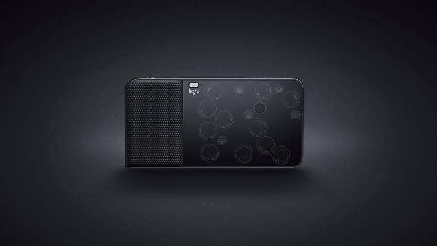 A Tiny 16-Lens Camera (5 pics)