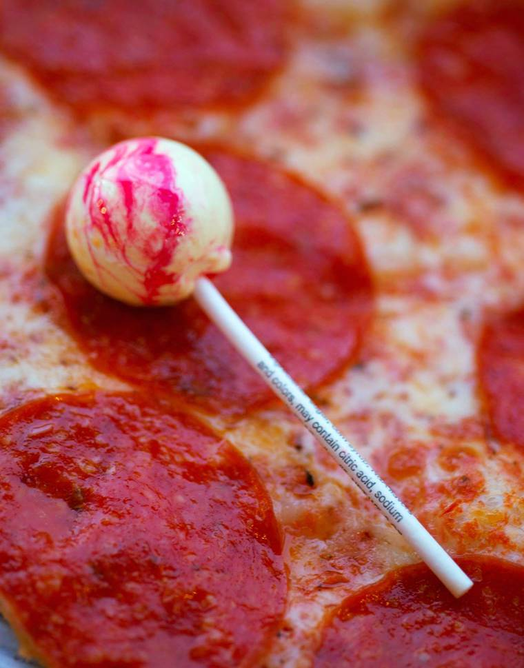 pizza lollipops