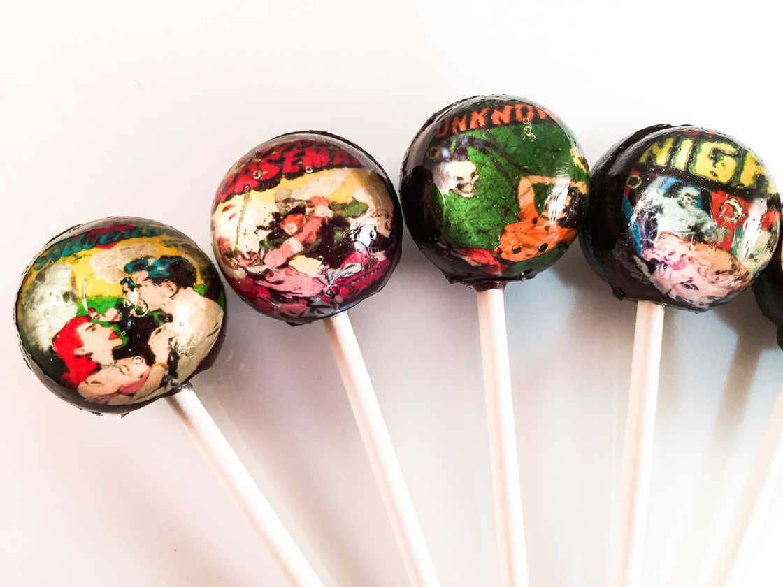 Bite into art - Beautiful lollipops in tribute to classical paintings