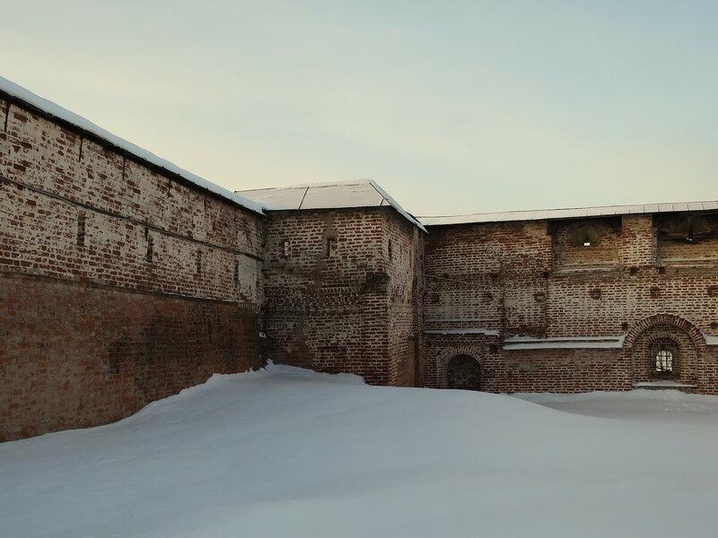 Кирилло-Белозерский монастырь. Мереженная башня (12)