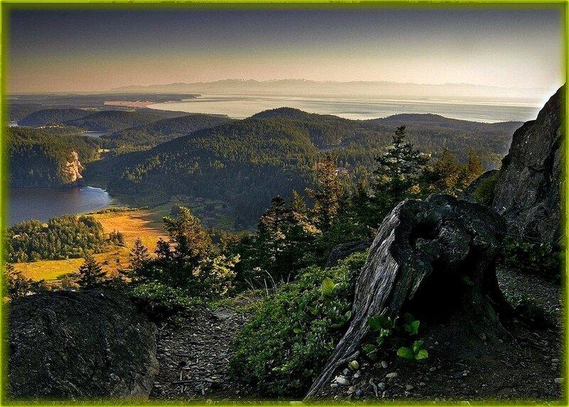Вид с горной тропы ... .jpg