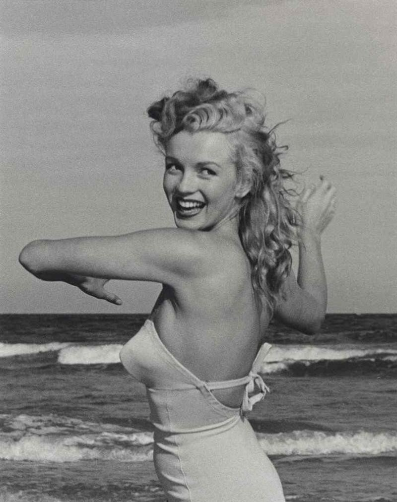 the rough life of marilyn monroe The secret life of marilyn monroe has 3,732 ratings and 357 reviews melissa t said: recently, i have been curious about marilyn monroe other than a va.