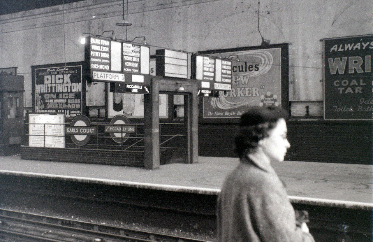 Станция метро Эрлс-Корт