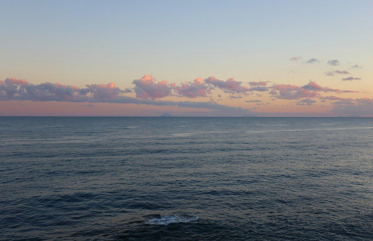 Cefalu. Dawn on the sea