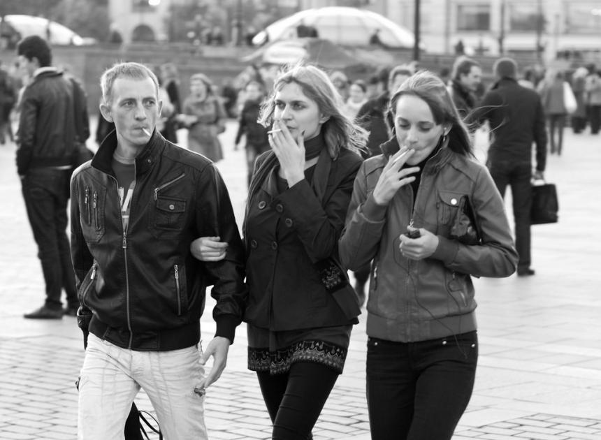 Как курение изменяет длительность жизни женщины