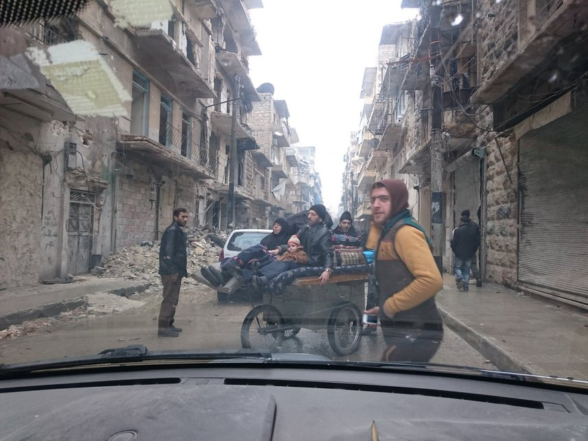 Завершена операция армии Сирии поосвобождению восточных кварталов Алеппо