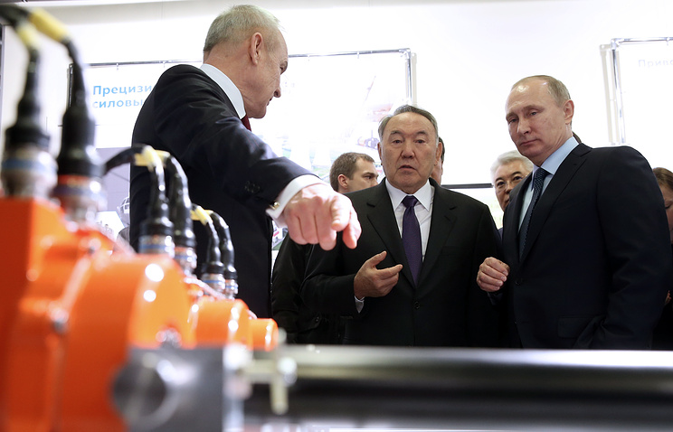 Путин иНазарбаев посетили завод, разрабатывающий препарат против старения