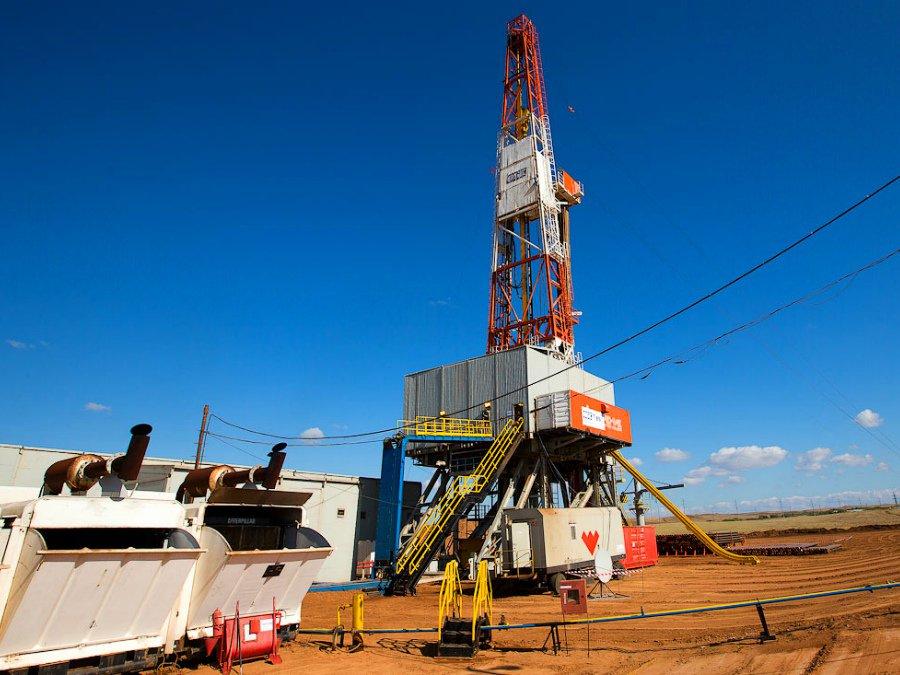 Цена нефти марки Brent подросла до55,61 доллара забаррель