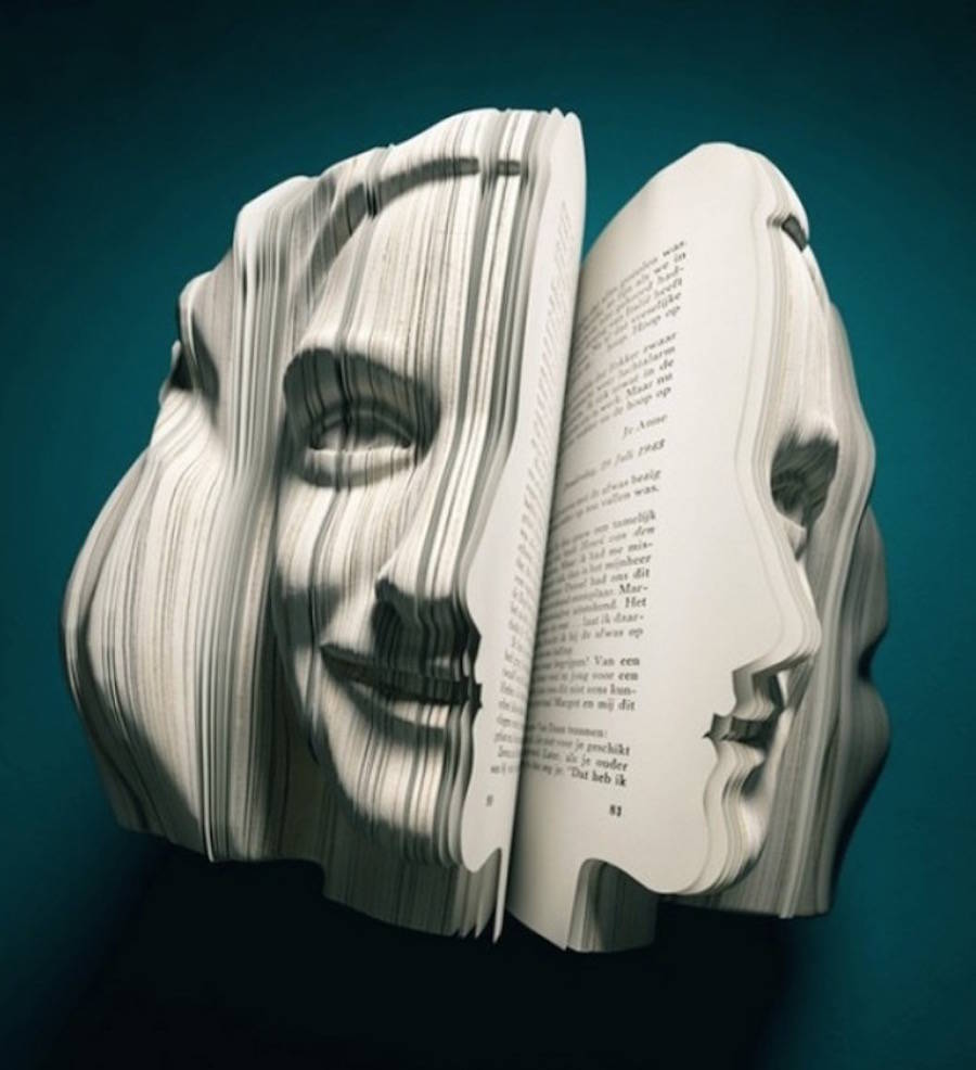 Realistic Book Sculptures Portraying Famous Personalities (4 pics)