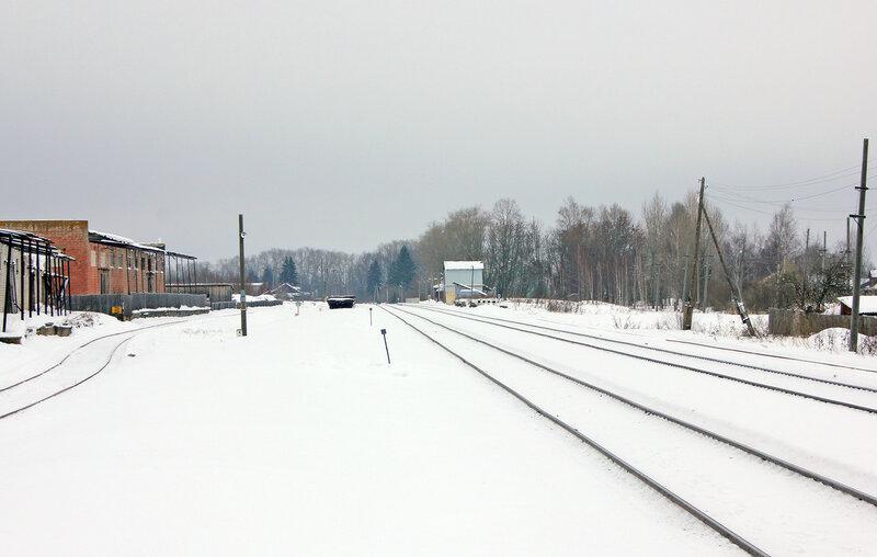 Станция Старица, вид на Торжок и платформу, крупнее