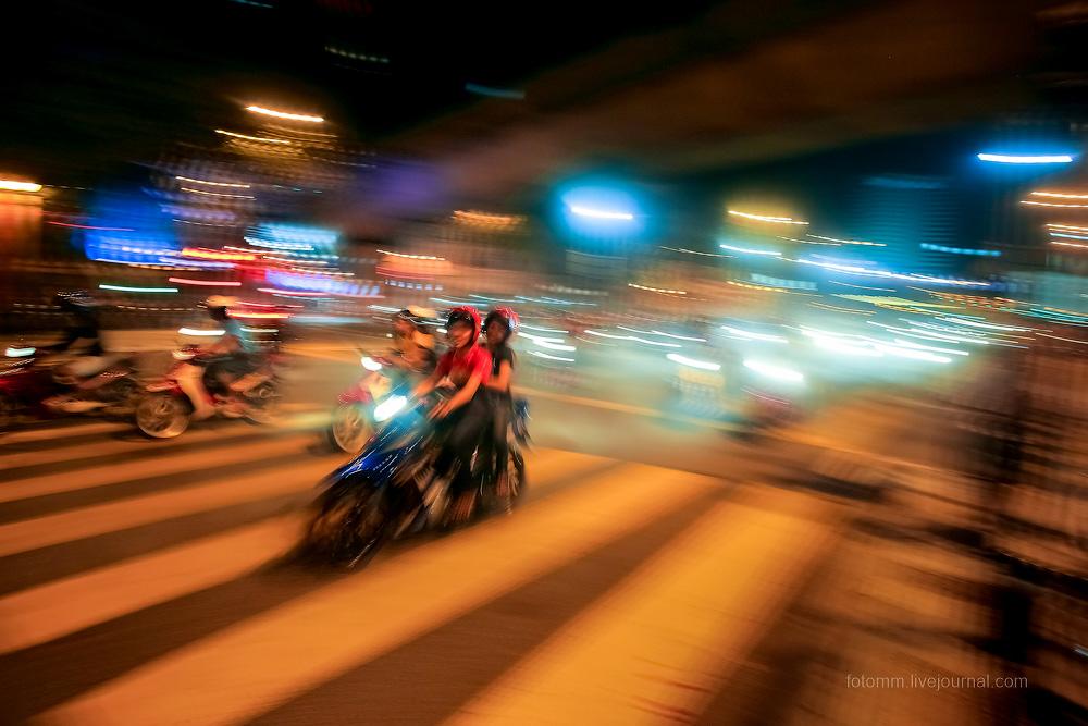 Малайзия. Куала Лумпур. Ночные гонки.