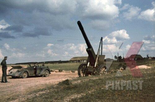 Советская 152-мм гаубица-пушка МЛ-20 обр. 1937 г. оставленная в р-не г. Устилуг. Украина, июнь 1941 года.