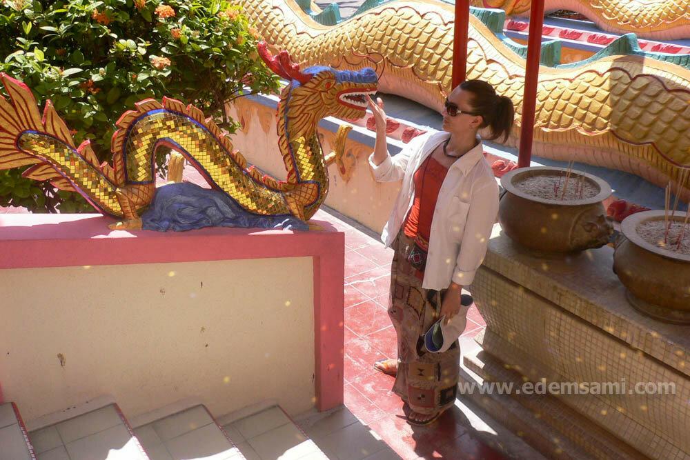 Храм Кек Лок Си на Пенанге