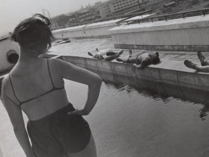 Утренняя гимнастика. Фото А. Родченко, 1932. В целом же демонстрации натуристов 1924 года в СССР вов