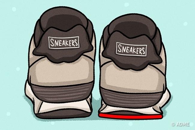 Если уодной кроссовки «уехала» пятка либо больше стерлась подошва , меняйте обувь. Также придется