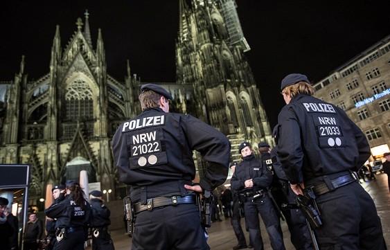 Милиция Германии задержала подозреваемого впричастности ктеракту вцентре Берлина