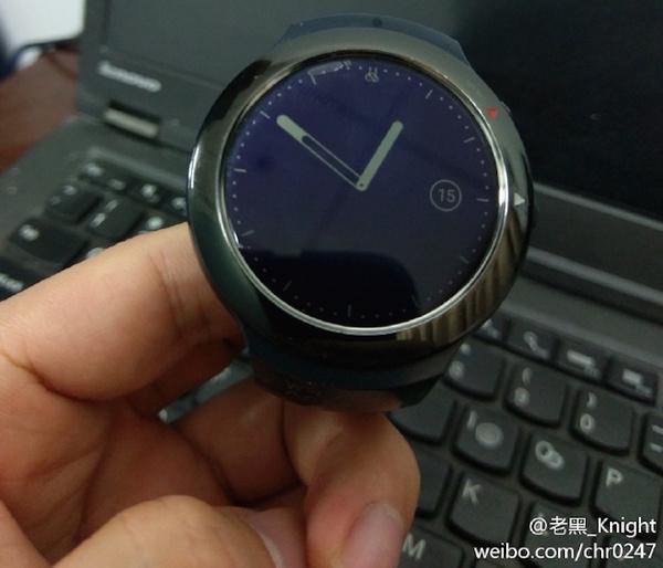 Размещены новые изображения умных часов HTC Halfbeak
