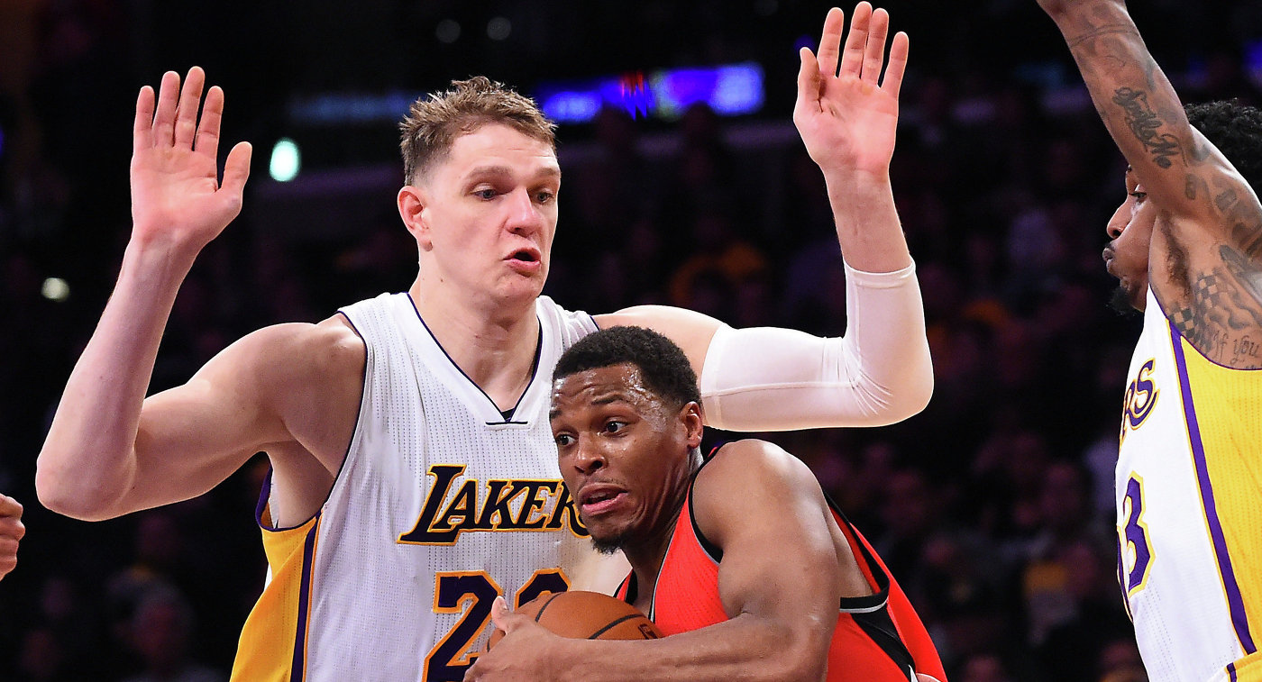 Русский баскетболист Мозгов лишился места встартовой пятёрке «Лос-Анджелес Лейкерс»