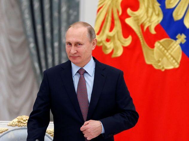 Владимир Путин сократил начальника ГИБДД Виктора Нилова