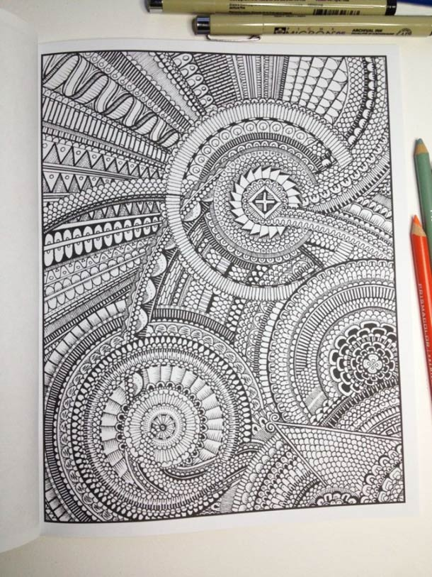 Between the Lines – Le livre de coloriage version expert… (18 pics)