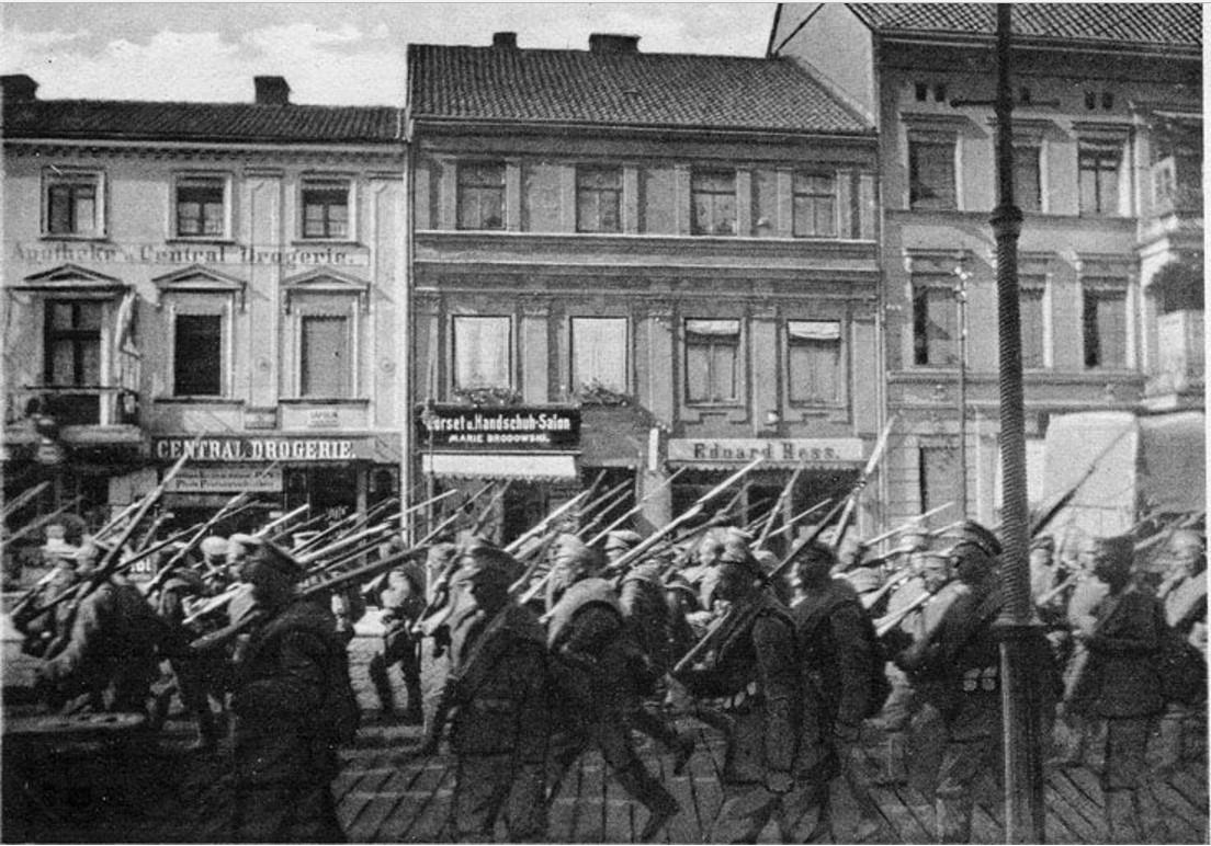 Отступающие русские соединения генерала Ренненкампфа