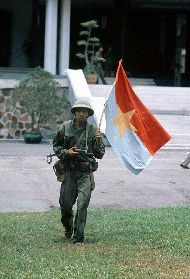 The Fall of Saigon, 1975 (40).jpg