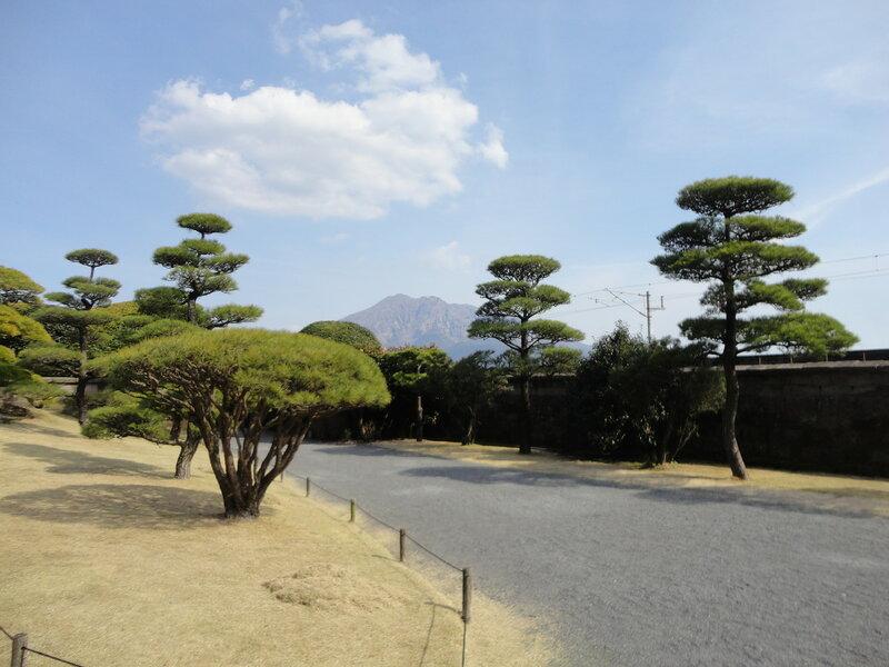 Кагосима - японский город под горой, но с мусульманским центром!