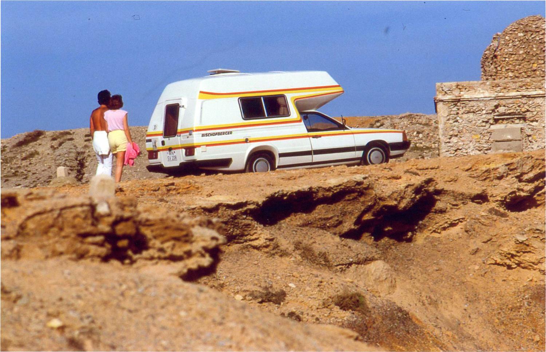 bischofberger-motorcaravan-volkswagen-audi-family-campers-8.jpg