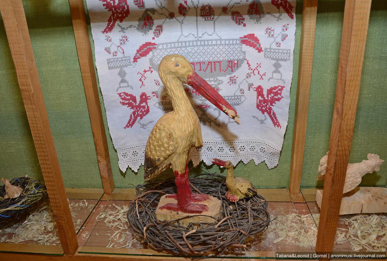 Выставка Люди и птицы в филиале ветковского музея. Гомель. Беларусь