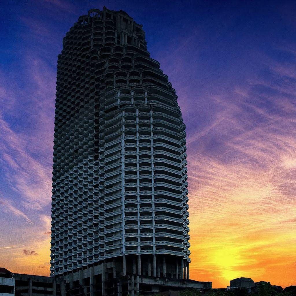 5. Небоскреб Sathorn Unique, Таиланд В середине 90-х годов Таиланд переживал бум в развитии экономик